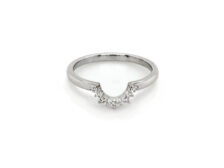 14 karat white gold ring